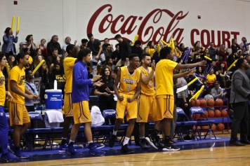 The Ryerson bench explodes after a Nick Vroll block at the other end (Photo credit: Brent Smyth/RUtv News).